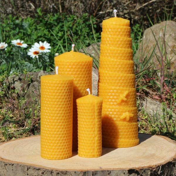 Bienenwachs Stumpen in Wabenoptik in 4 Größen